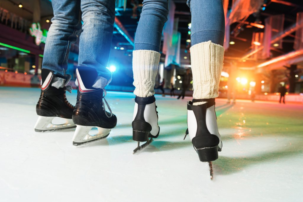10 Holiday Date Night Ideas for Winter 2020 - Ice Skating