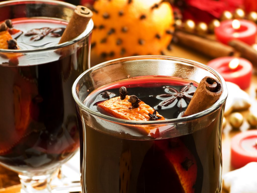 10 Holiday Date Night Ideas for Winter 2020 - Making Cocktails Together