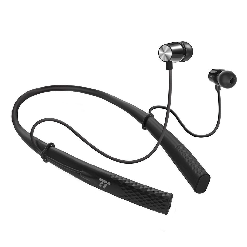 8 Perfect Gifts For Fitness Lovers - Bluetooth Headphones