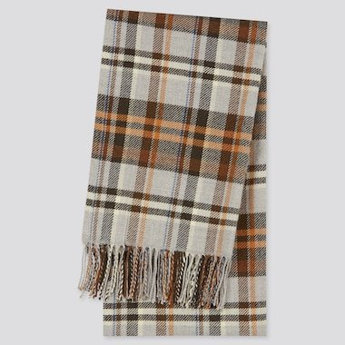Top 10 Men's Fashion Trends for Winter 2021 - Patterned Scarves